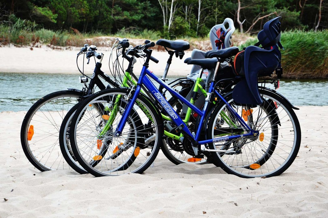 Cycling-to-beach