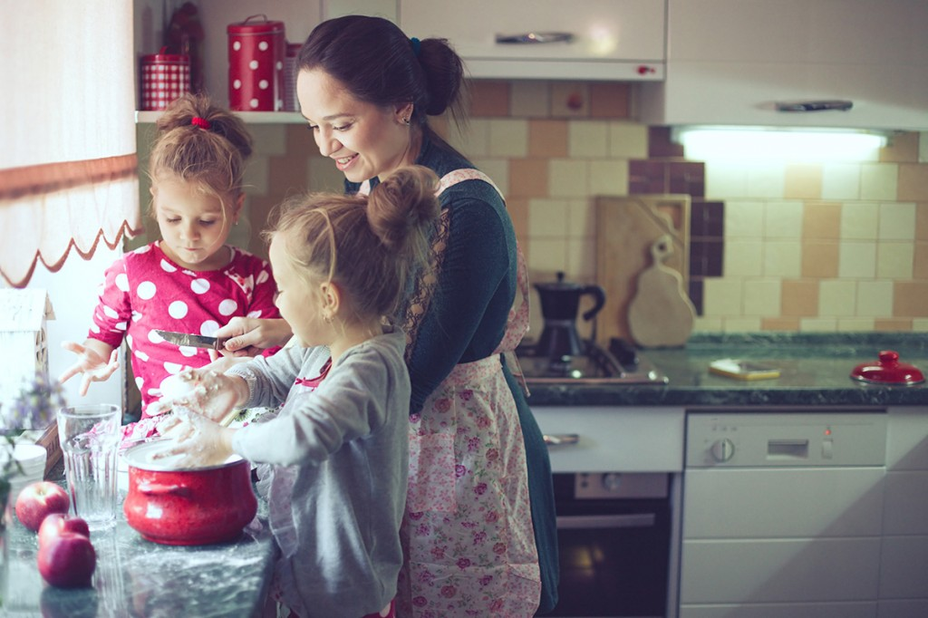 familyinkitchen-1024x682
