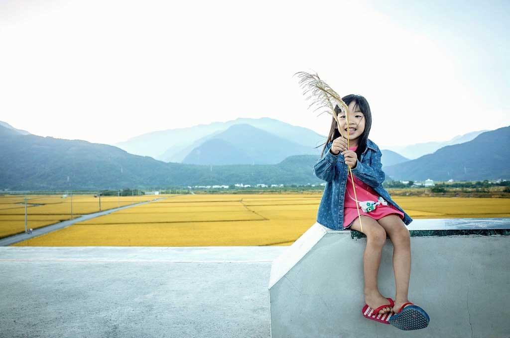 Girl-Road-Trip