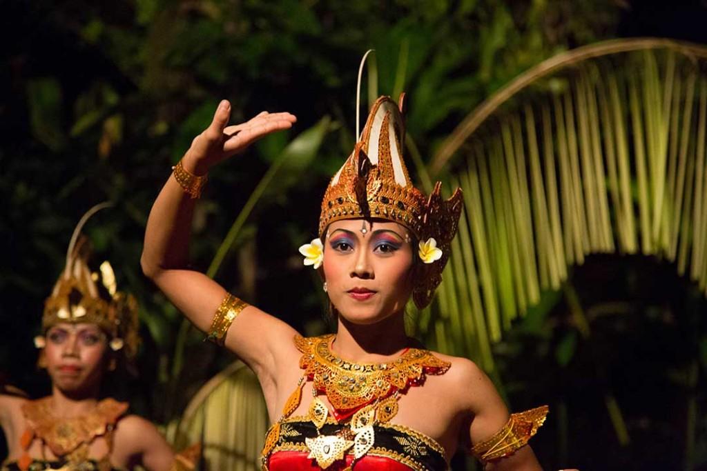 Legong-Balinese-dance