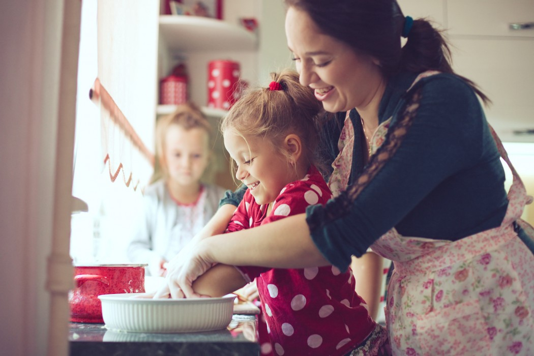 Why Parents Should Teach Kids to Cook