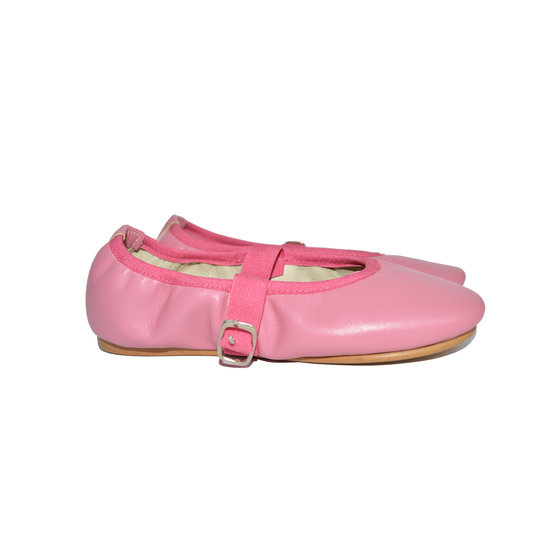 Ballerina Leather Shoes in Bright Pink