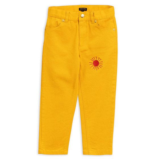 New Season: Twill Jeans