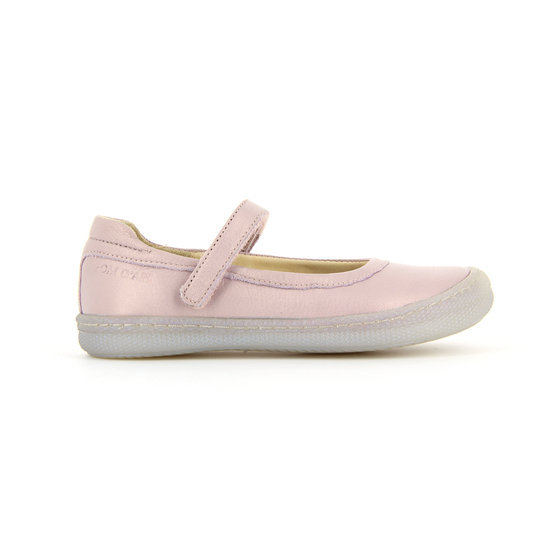 Baby pink leather shoes