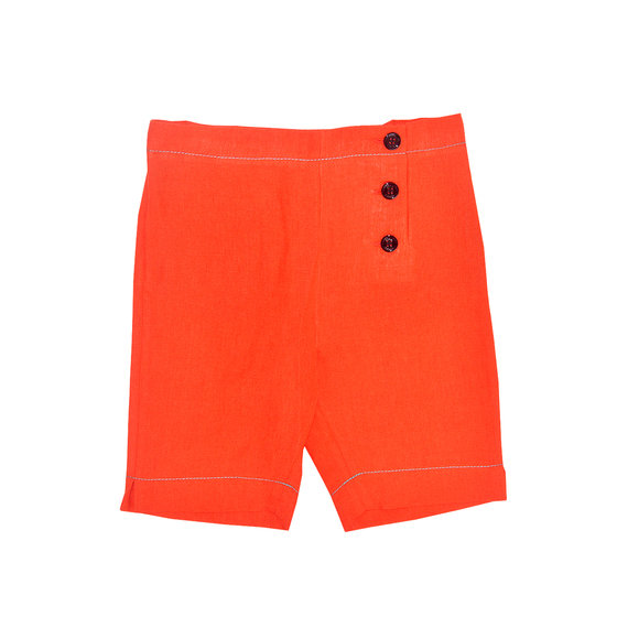 Capsule collection: red cotton shorts