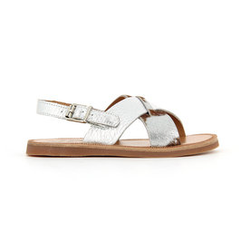 Silvery sandal with cross buckler